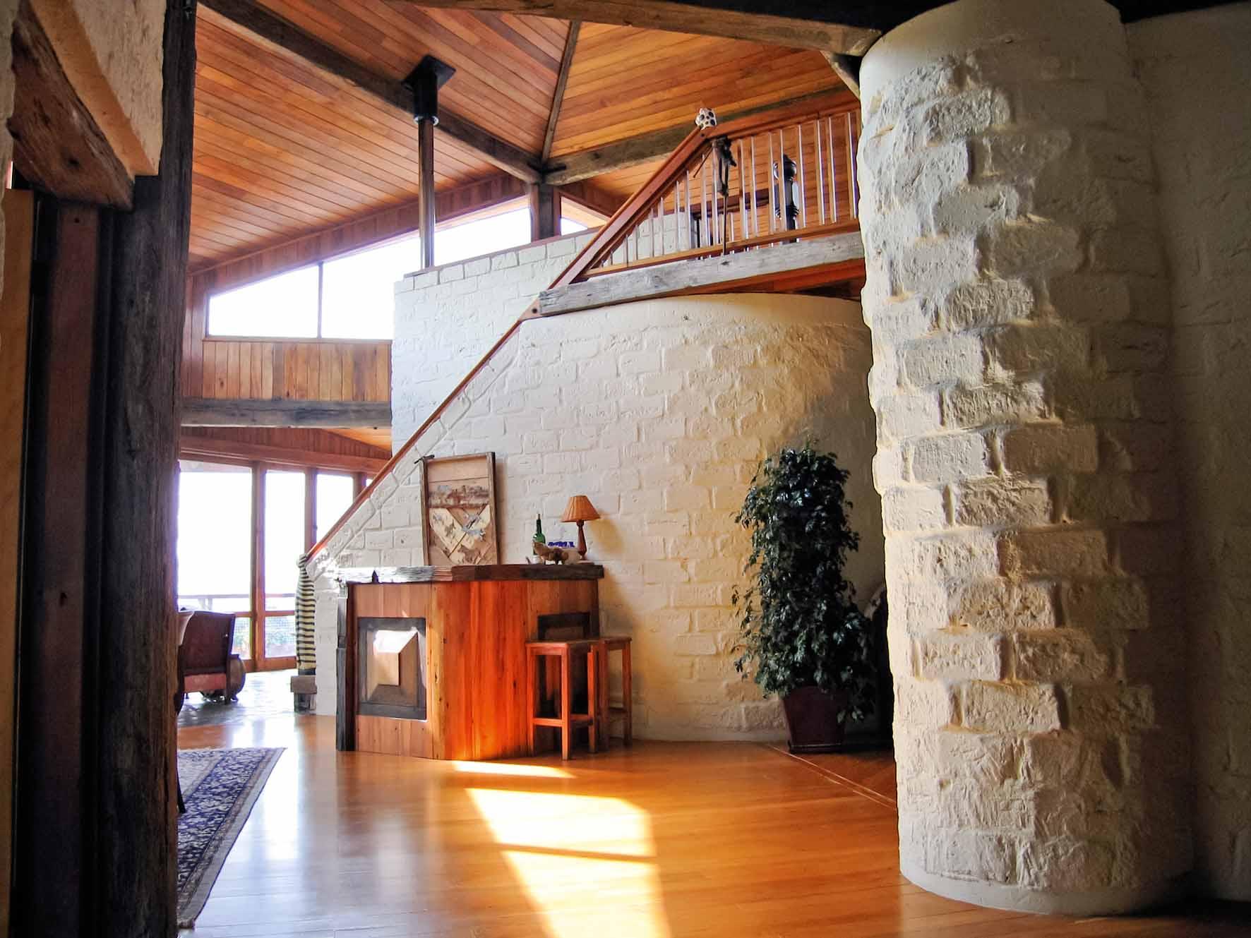 devine-house-interior