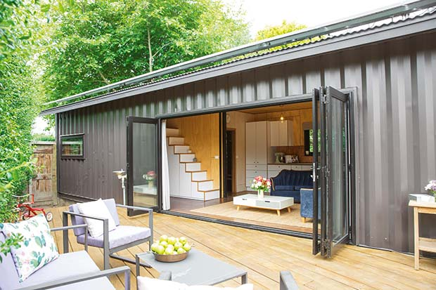Thinking outside the box in a 60sqm container house (in ...