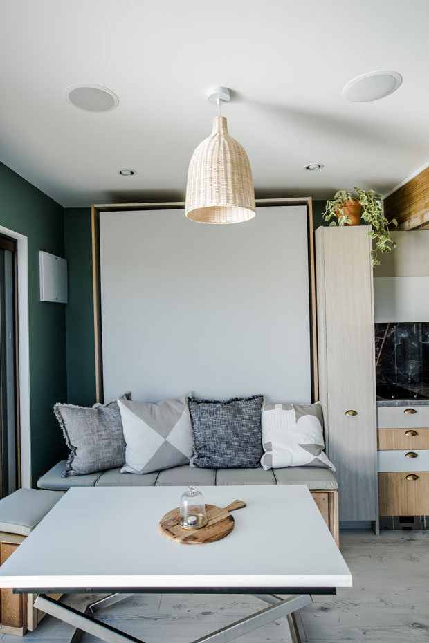 35sqm raglan tiny home wows george clarke thisnzlife - Small spaces george clarke pict ...