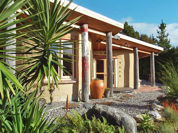 Lessons We Learned Building A Cob House Thisnzlife