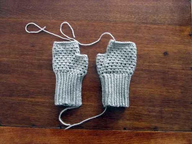 Free Pattern Crochet Fingerless Mittens Thisnzlife