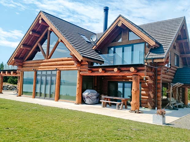 10 things you may not know about building a log home in new zealand thisnzlife. Black Bedroom Furniture Sets. Home Design Ideas