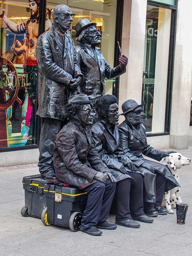 Dublin street performer