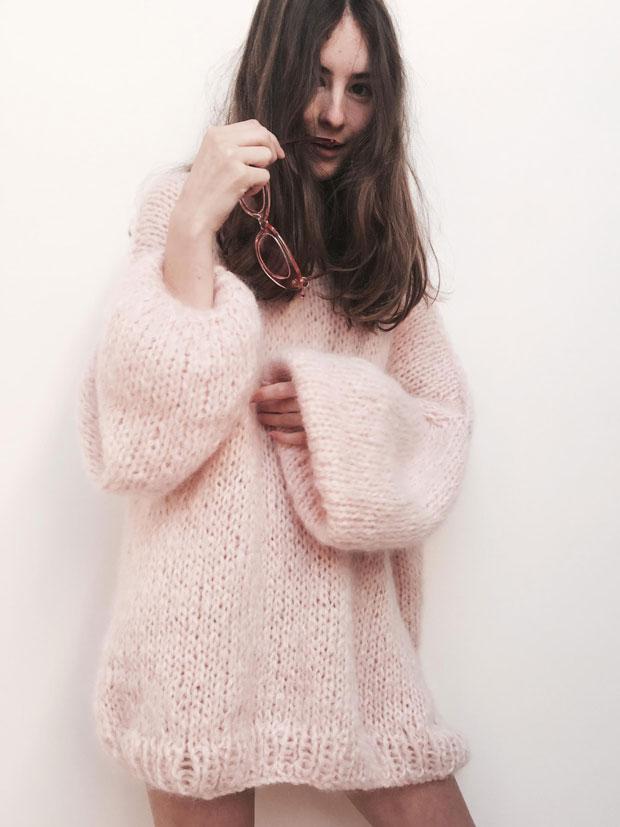 The Knitter, Nicole Leybourne