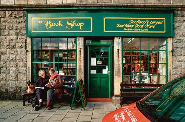 Kiwi journalist Venetia Sherson works in The Open Book in Wigtown, Scotland - thisNZlife