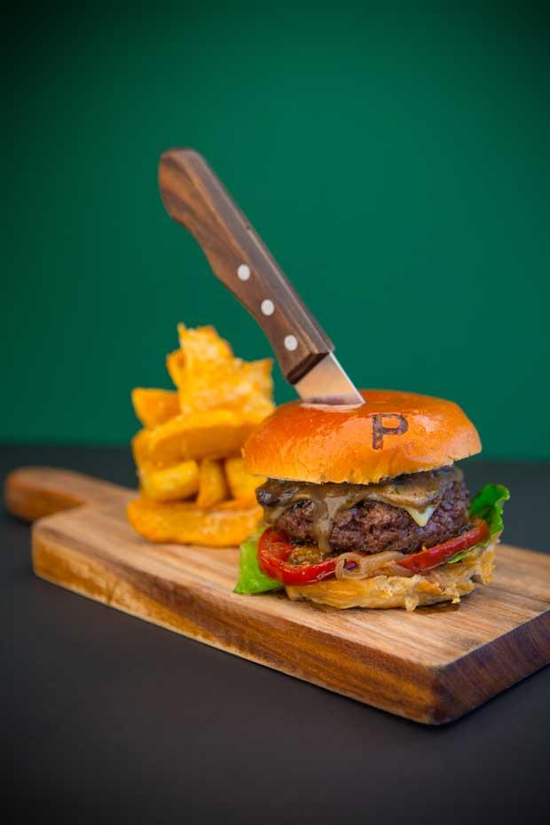 Recipe Award Winning Moodlander Burger From Visa Wellington On A Plate Festival Thisnzlife