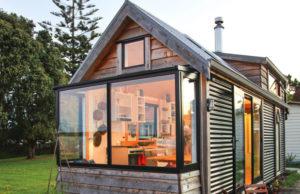 Camanda tiny house on wheels