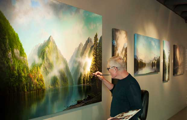 Queenstown painter Tim Wilson celebrates beauty light and